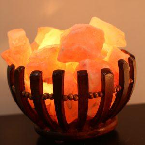 wooden-basket-salt-lamp